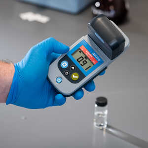 Hach DR 300 Pocket Colorimeter, Free and Total Chlorine